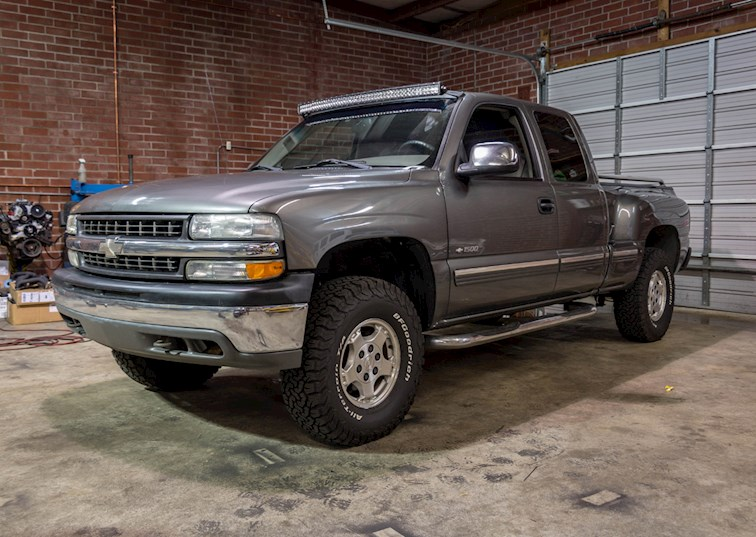 two wide 2000 chevy silverado 4x4