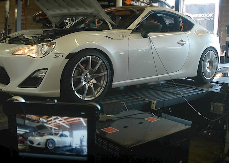 Drift-Office Drops 300 WHP On The Hip And Heady FR-S/BRZ