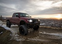 two wide 2000 toyota tacoma solid axle off road