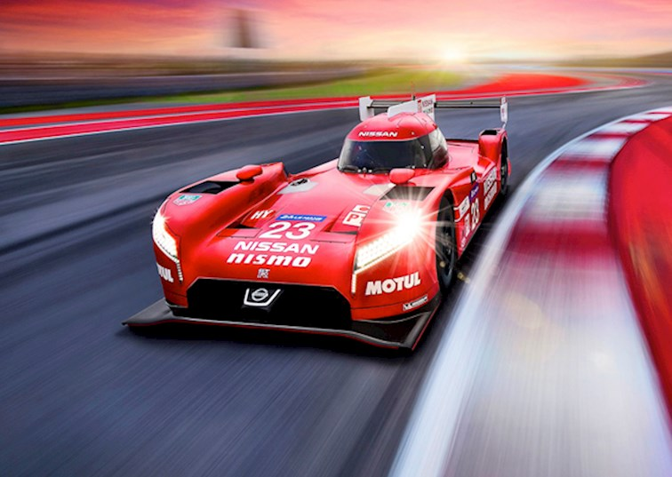 two wide nissan gt r lm nismo feature
