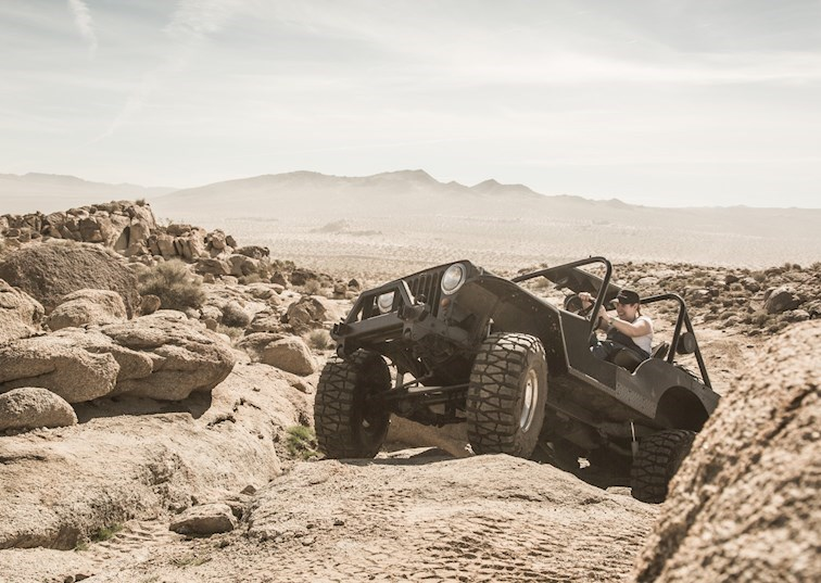 Mastering the Art of Rock Crawling: Beginner's Course