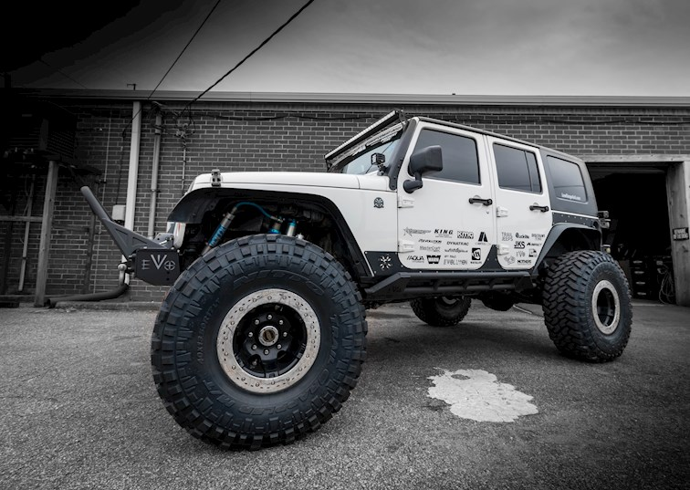 two wide 2007 jeep wrangler jk bad wheels