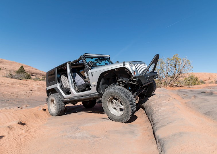 two wide 2009 jeep wrangler unlimited moab