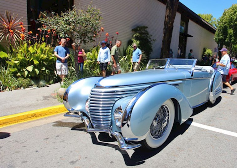 Carspotting Curbside at Monterey Car Week