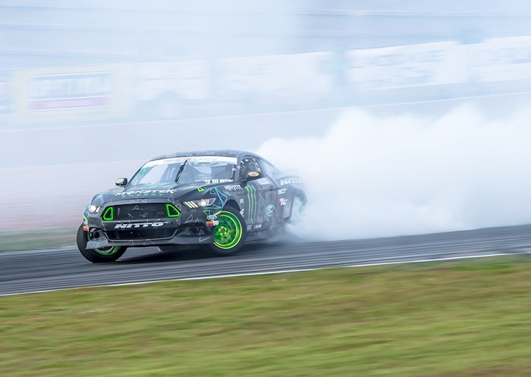 Vaughn Gittin Jr.'s World-Class Drifting at Orlando Speed World [360 Virtual Reality]