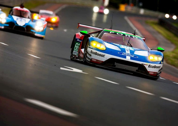 two wide ford gt le mans 24 hour