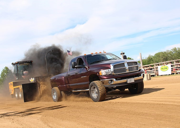 Winning Combination: How A 750HP Cummins Dominates the Dirt