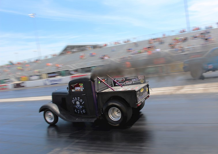 9-Second Diesel Trucks Invade the Midwest Truckin' Nationals
