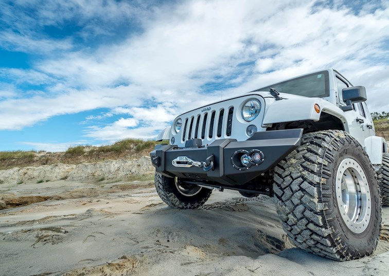Fab Fours Lifestyle JK Bumper Review [Video]