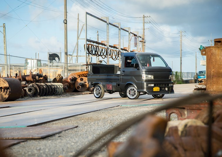 Barely Street Legal: 2005 Daihatsu Hijet