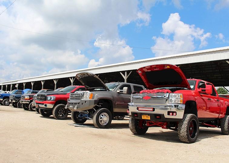 two wide scheid diesel extravaganza show n shine trucks lead