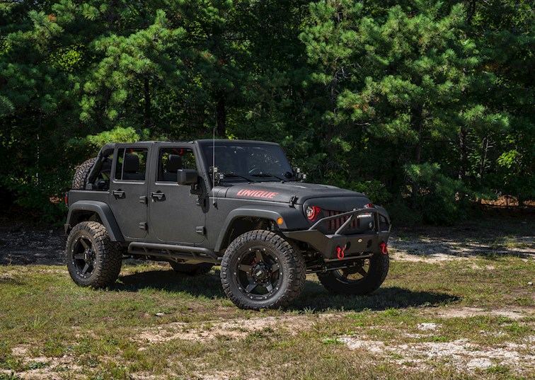 "Turnkey Jeeping: ""Unique Rides"" Takes on the Wrangler"