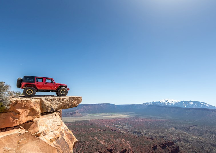 Jeeping at New Heights at EJS 2017: Top of the World Trail [Video]