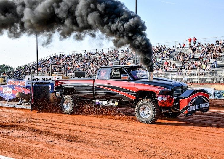 Rudy's Diesel Season Opener, Part 2: Pulls