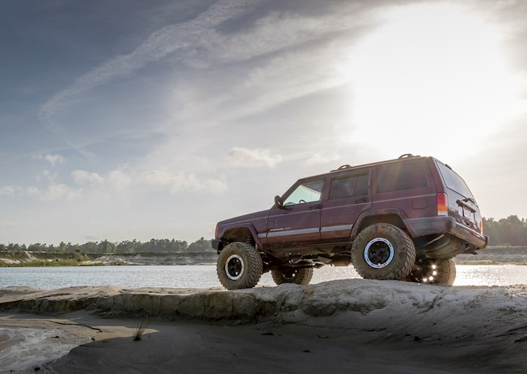 Cherokee Control: Rough Country's 4.5 Long Arm Suspension Review