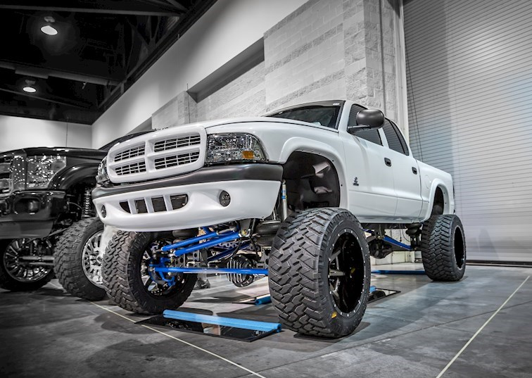 4BT Cummins + Solid-Axle Swap = The Dodge Dakota of Your Dreams
