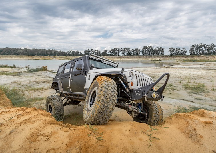 The Right Kind of Flare: MCE's Narrow JK Fender Review