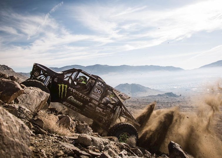 9 GIFs That Prove Ultra4 Racing Is Pretty Much Every Off-Roader's Fantasy