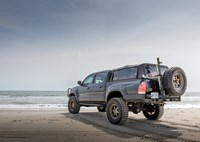 two wide 001 toyota tacoma bugout rack trail grappler