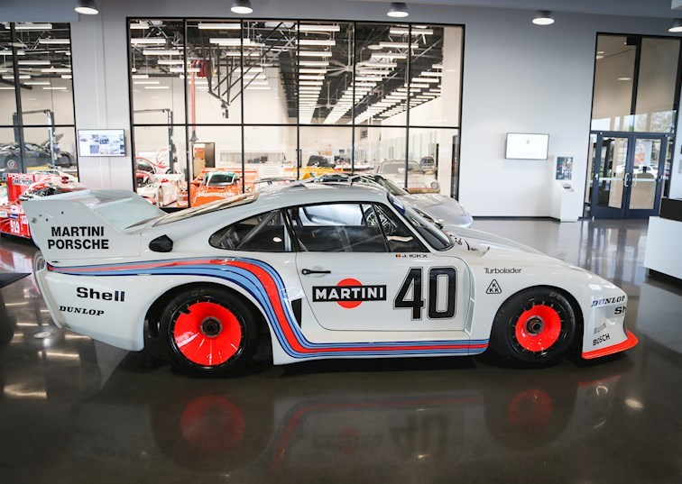 LA Speed: 5 Reasons to Visit the Porsche Experience Center