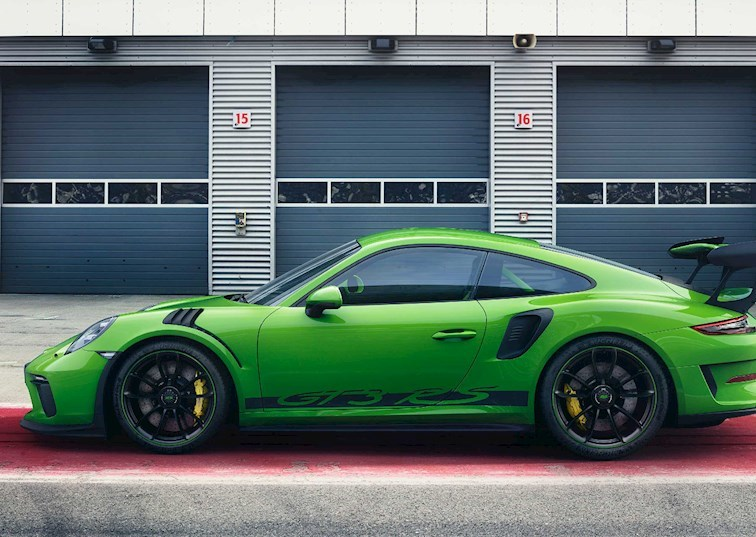 Naturally Aspirated King: The 2019 911 GT3 RS
