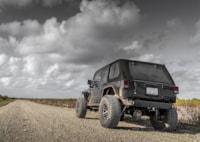 two wide 001 dynatrac pro grip jeep wrangler big brake kit