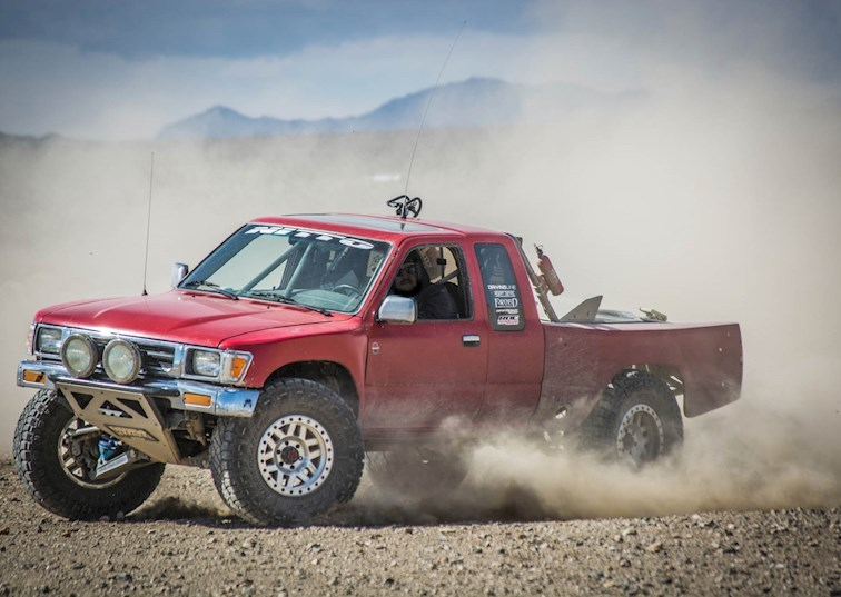 Ride of the Week: '91 4x4 Toyota Pickup [Video]