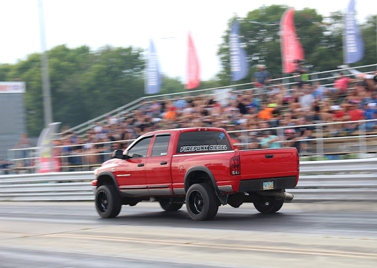 The 650HP Daily Drivable Diesel Drag Truck