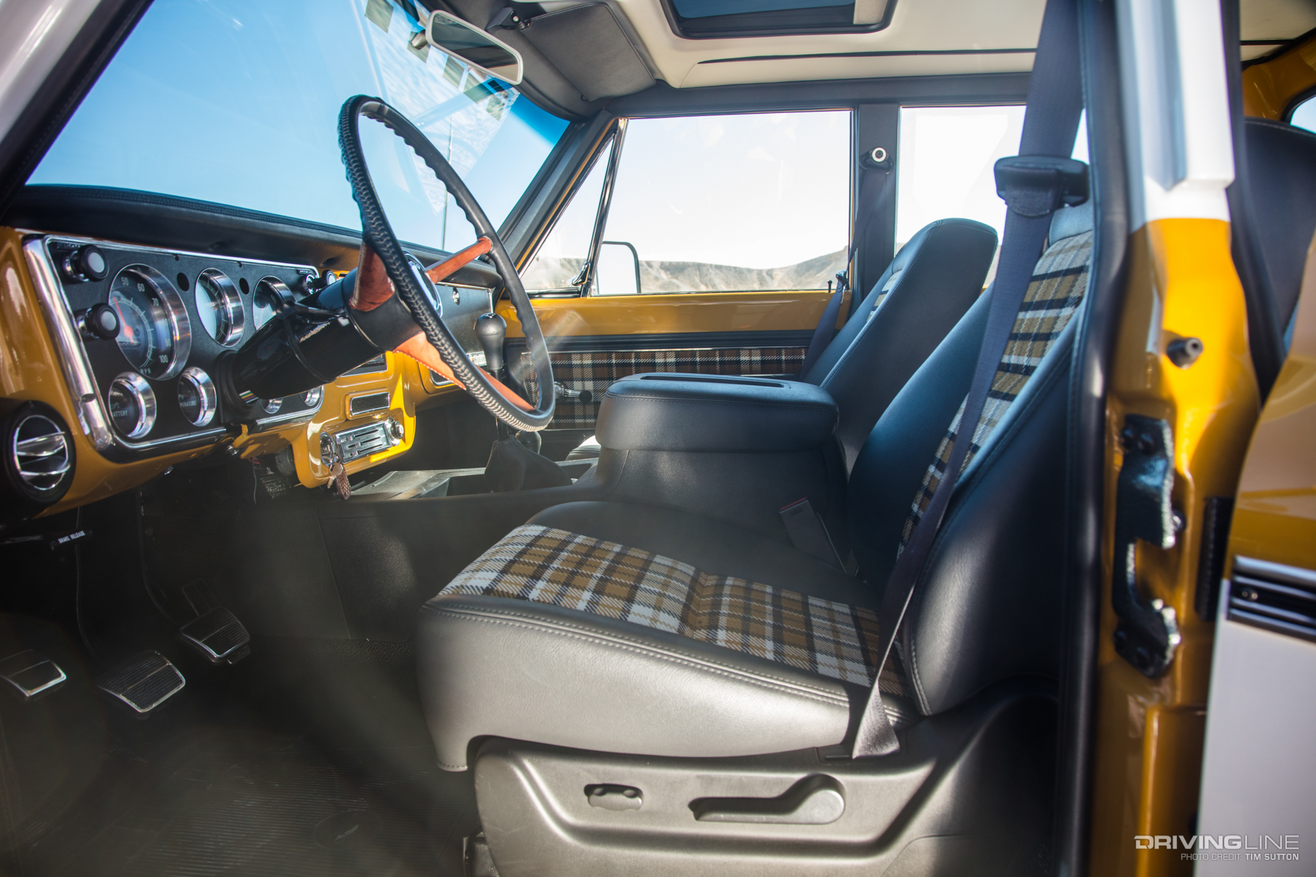 K Crew Cab Rtech Fabrication Driving Line on Modern Trail 70