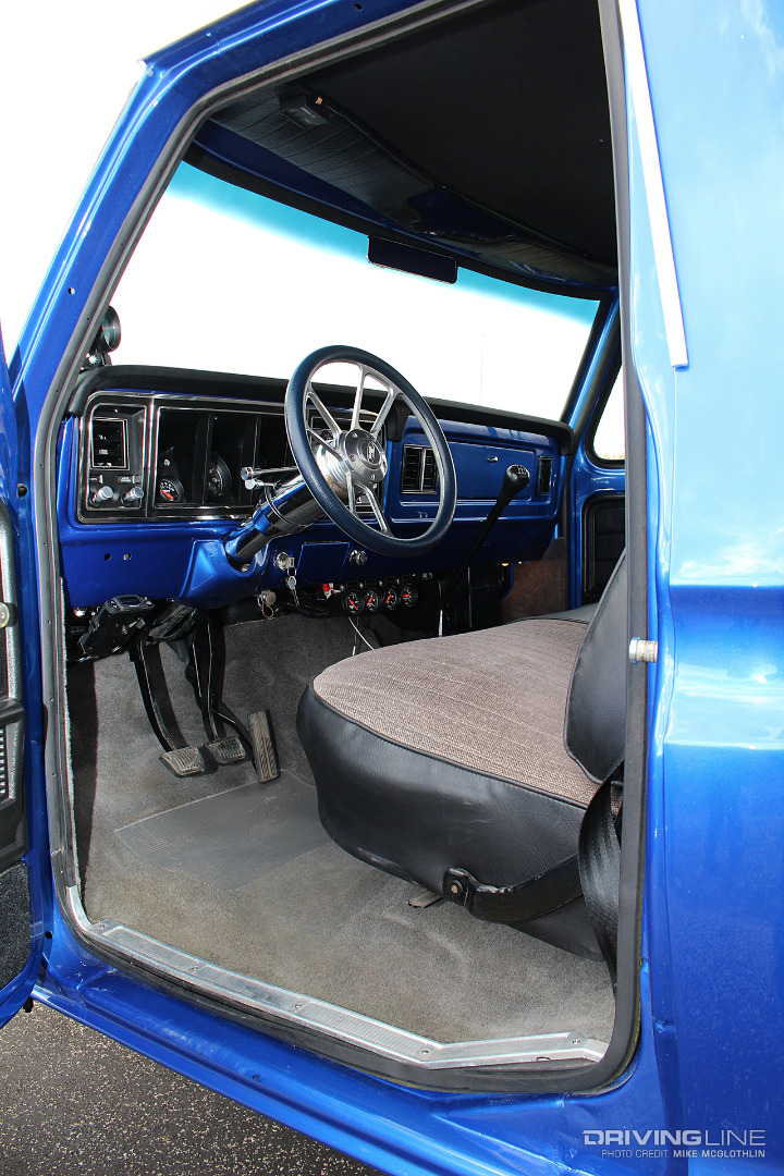 Sensational 5 9L Cummins Swapped 76 F 250 Drivingline Creativecarmelina Interior Chair Design Creativecarmelinacom