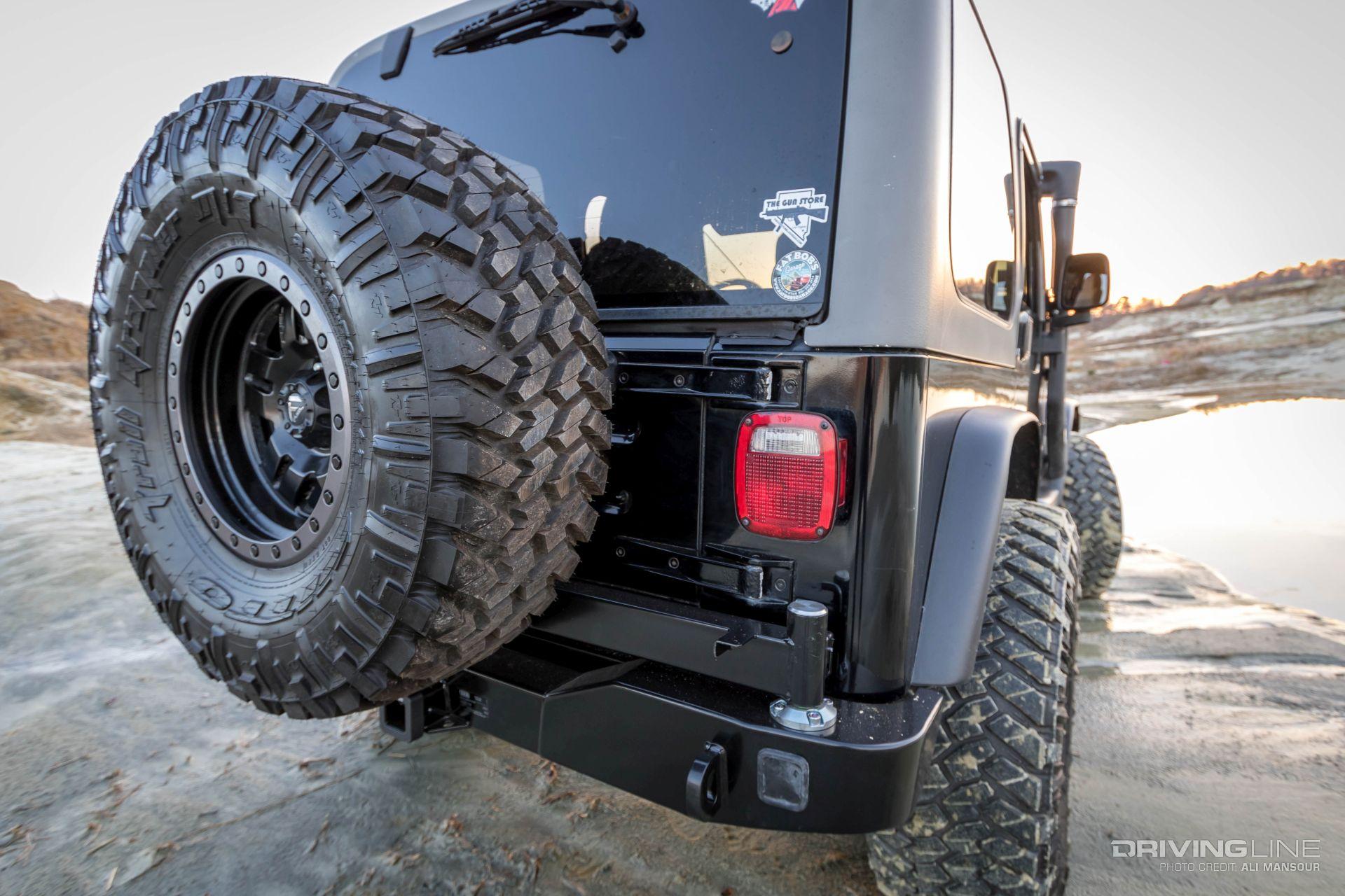 011 Jeep Wrangler Tj Arb Rear Bumper Tire Carrier Trail Grappler. Preview  Image