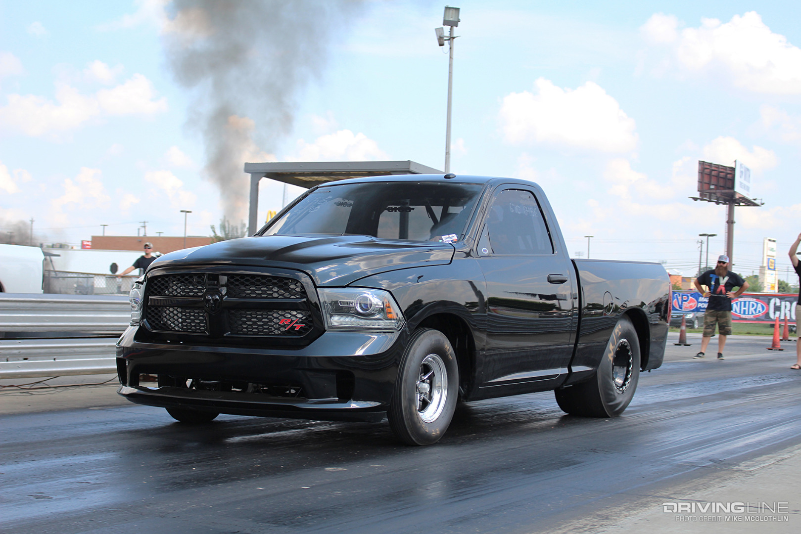 dodge singles The 2004 dodge ram 3500 is a full-size 1-ton pickup truck that can be equipped with single or dual rear wheels which allow it to offer towing and payload capacities fit for any job consumer reviews ( 6 ).