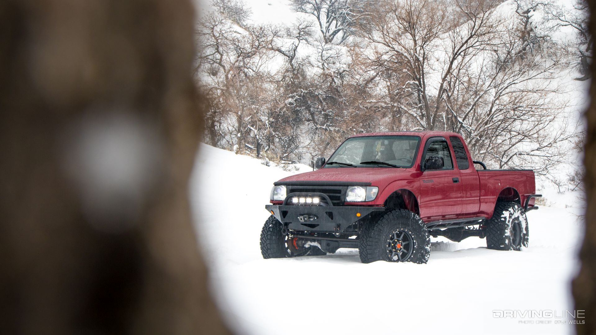 Supreme Taco: A Solid-Axle 2000 Toyota Tacoma Built to Trail